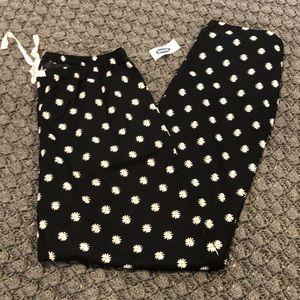 Old Navy Daisy Print Pajama Pants NWT